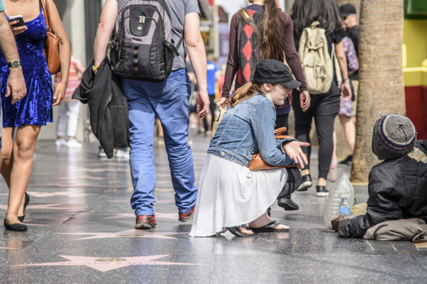 It's all coming together for Krystal Claxton as she finds her stranger on Hollywood Blvd.