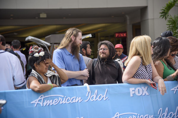 And Stewart Baker had no problem finding a stranger at an American Idol tryout just down the street.