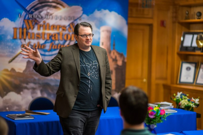 Brandon Sanderson addresses the Writer winners