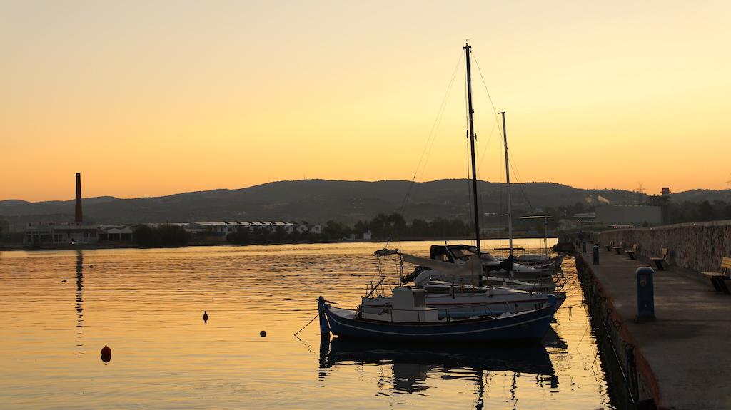 Sunrise in Karavos - Aliveri Waterfront