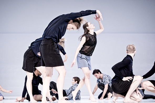 Cullberg Ballet, Deborah Hay, Figure a Sea