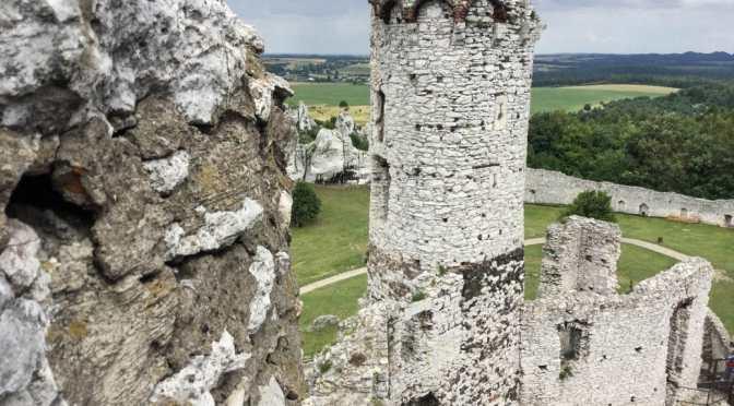 Pieskowa Skała and Ogrodzieniec Castle