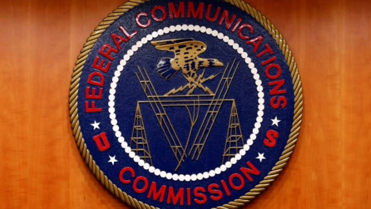 Chinese Telecom Firms Urge FCC Not to Revoke Ability to Operate in US