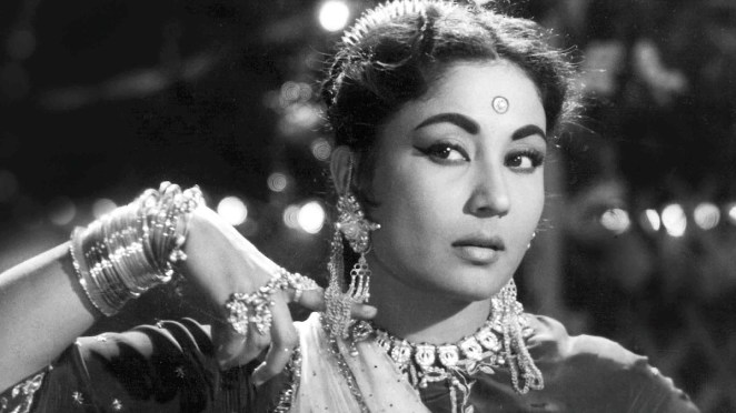 Remembering Meena Kumari on her death anniversary with her ...