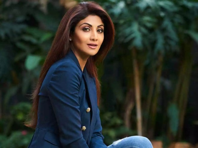 Shilpa Shetty Sends Out Birthday Wishes to her Mother on Social ...