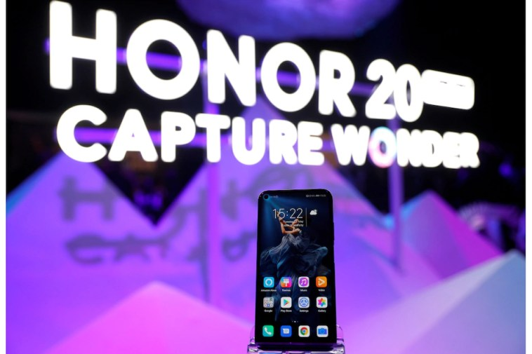 Huawei Said to Be in Talks to Sell Parts of Its Honor Smartphone Business