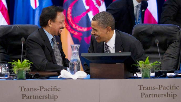 HONOLULU, HI - NOVEMBER 12: (AFP OUT) U.S. President Barack Obama (R) speaks with Hassanal Bolkiah, the Sultan of Brunei after meeting with Trans-Pacific Partnership leaders at the Hale Koa Hotel in Honolulu, Hawaii on Saturday, November 12, 2011. President Barack Obama said the U.S. and Australia, Chile, Peru and Singapore, Malaysia, New Zealand, Vietnam and Brunei have agreed on the outlines of a free trade accord and negotiations to work out the details will get underway this year. (Photo by Kent Nishimura-Pool/Getty Images)