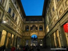 Budynek Galerii Uffizi z zewnątrz