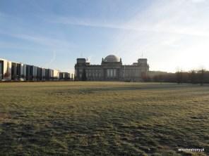 Reichstag w mroźny poranek