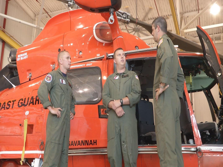 Coast guard recovers pilot_19723