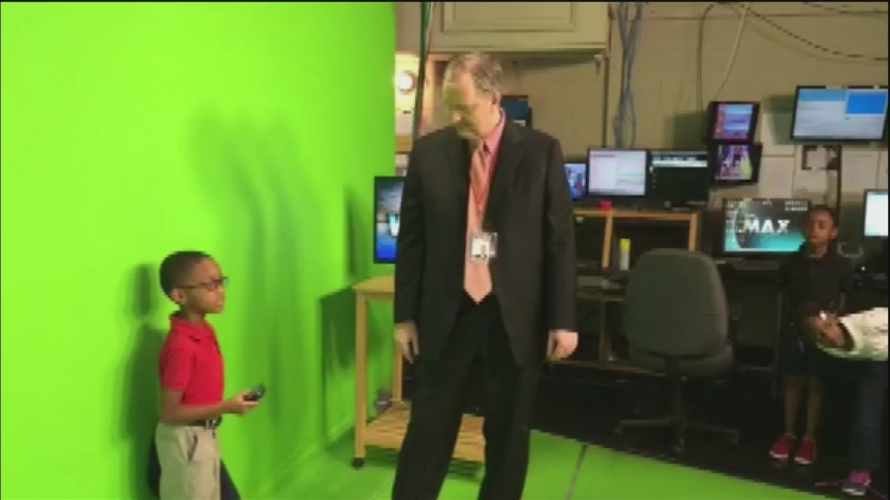 2nd Graders visit WSAV's weather center
