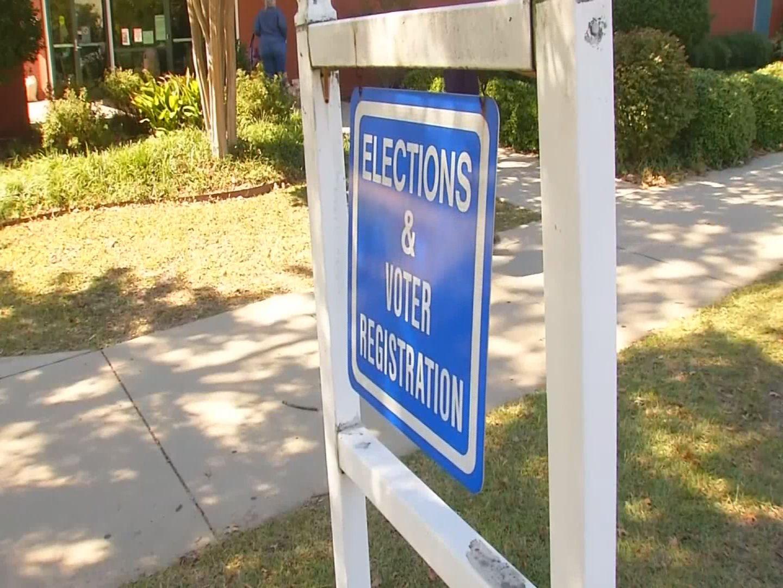 Voter Registration-846624087