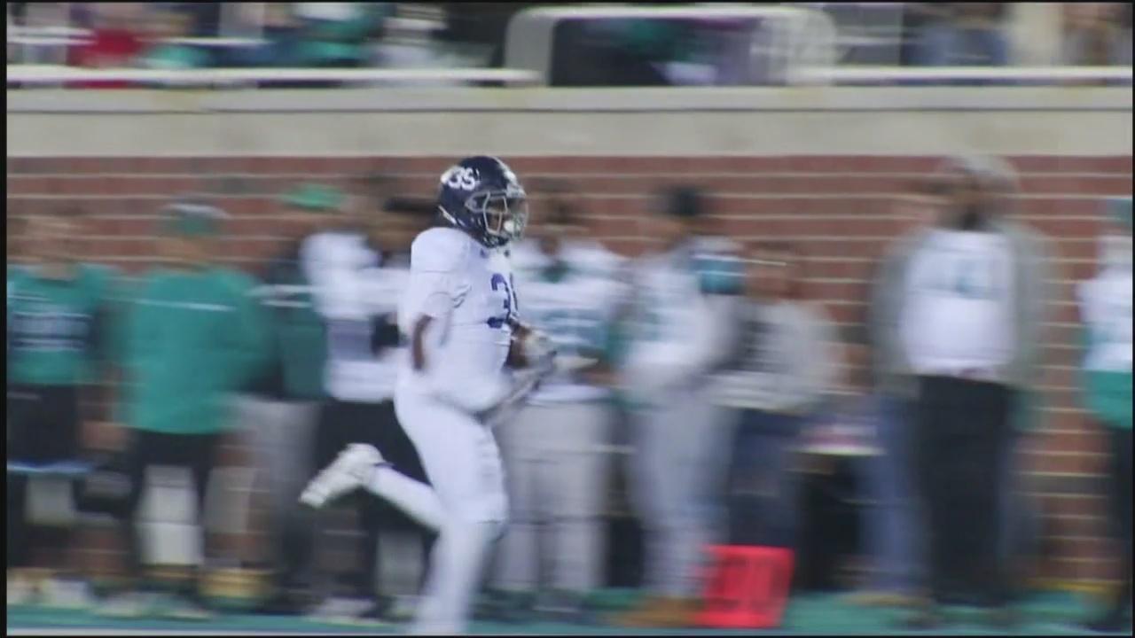 Eagles offense explodes in 41-17 route of Coastal Carolina