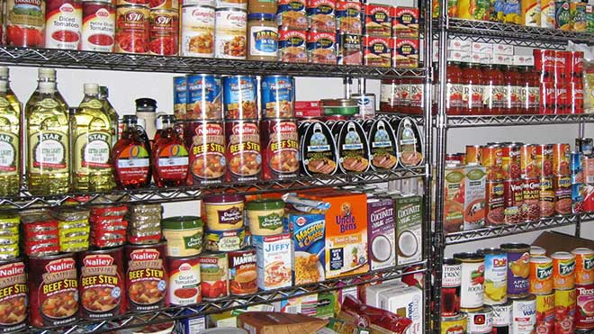 canned goods food pantry generic_193102