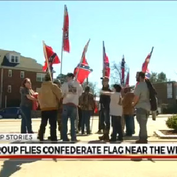 confederate flag protest_348721