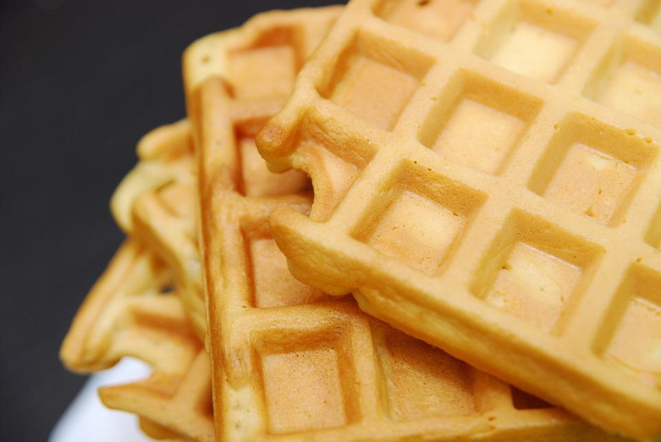 Waffles (httpspixabay.comenwaffles-dessert-cake-sweet-dish-1044180)_236035