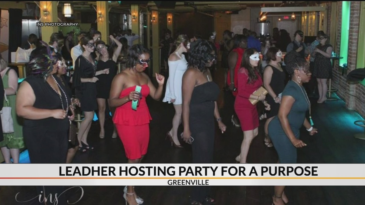 LeadHer_hosting_party_for_a_purpose_0_20181029114048