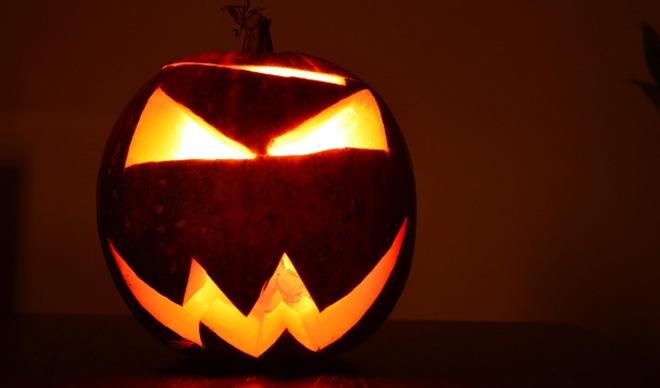 halloween jack-o-lantern pumpkin carving_78524