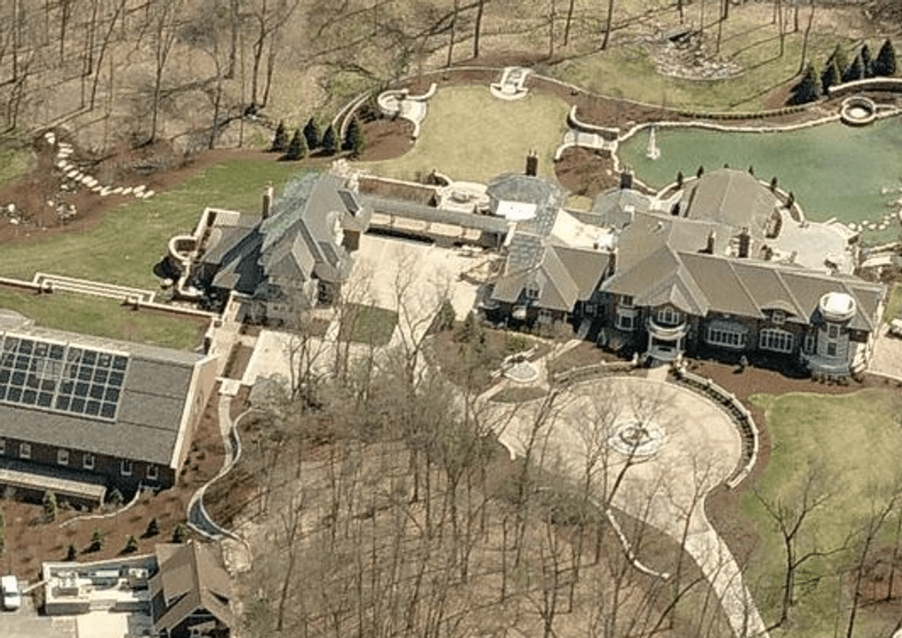 One of the DeVos family's many additional mansions