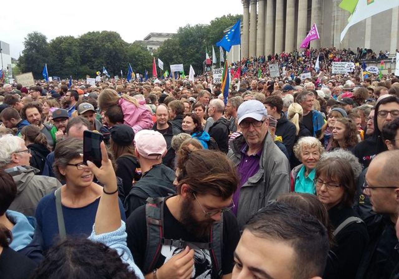 A section of the pro-refugee rally on the Königsplatz, Munich, Germany