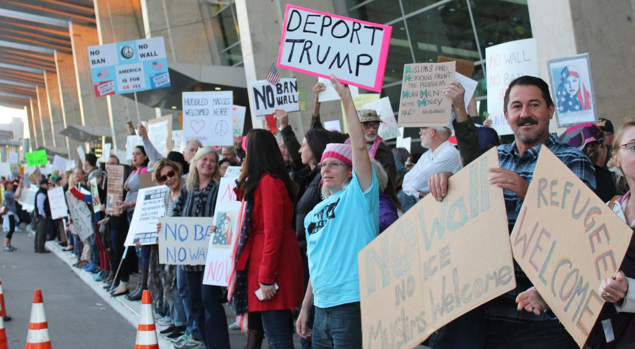 Demonstrators in San Diego, USA