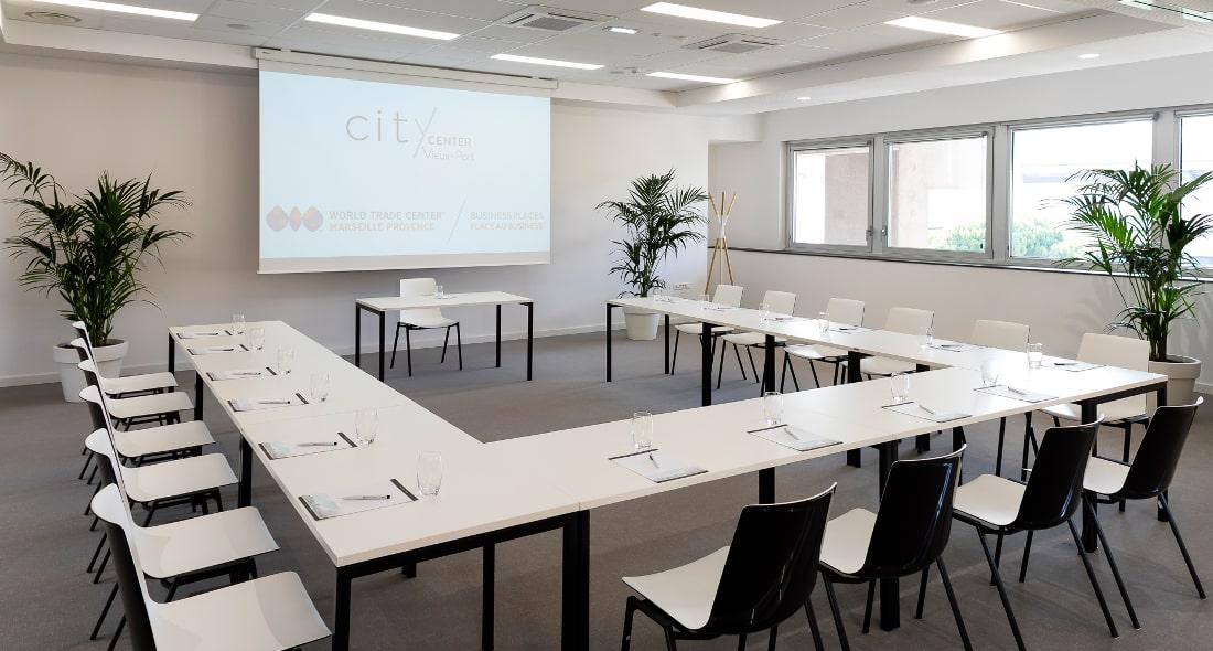 Louez une salle de formation en plein coeur de Marseille formule clés en main