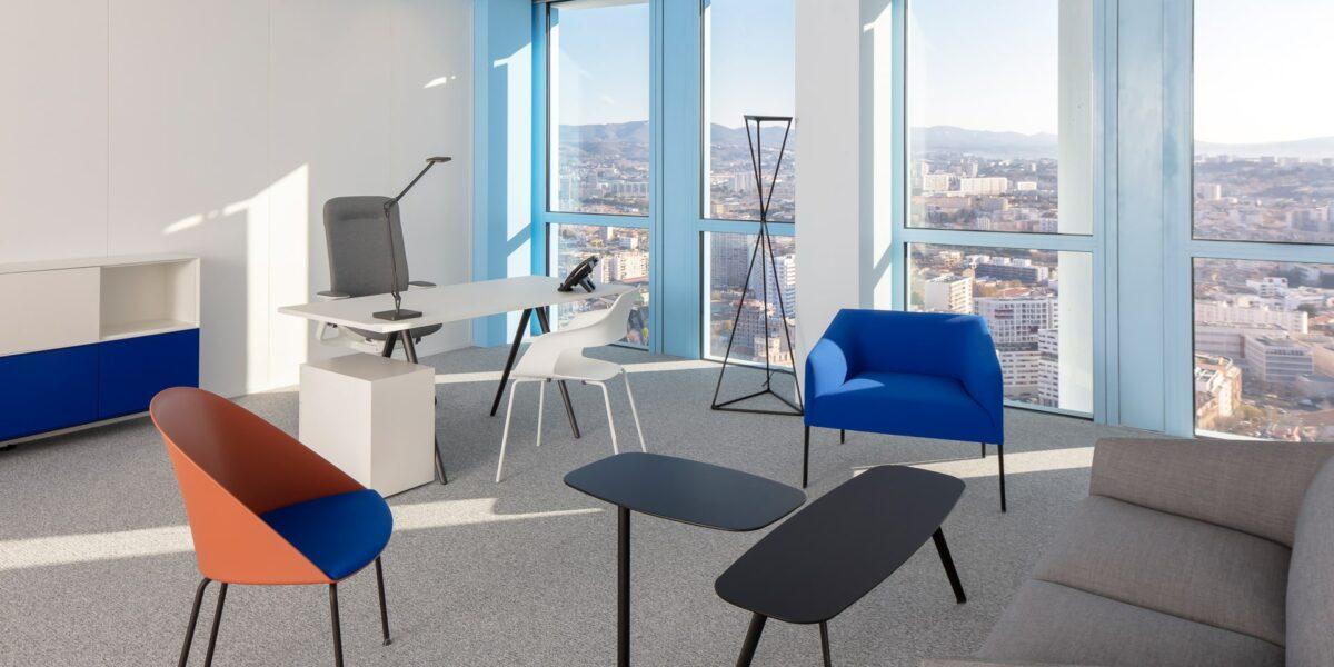 Bureau double Vue Massif de l'Etoile Sky Center La Marseillaise