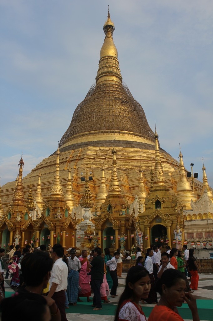 shwedagon paya 2