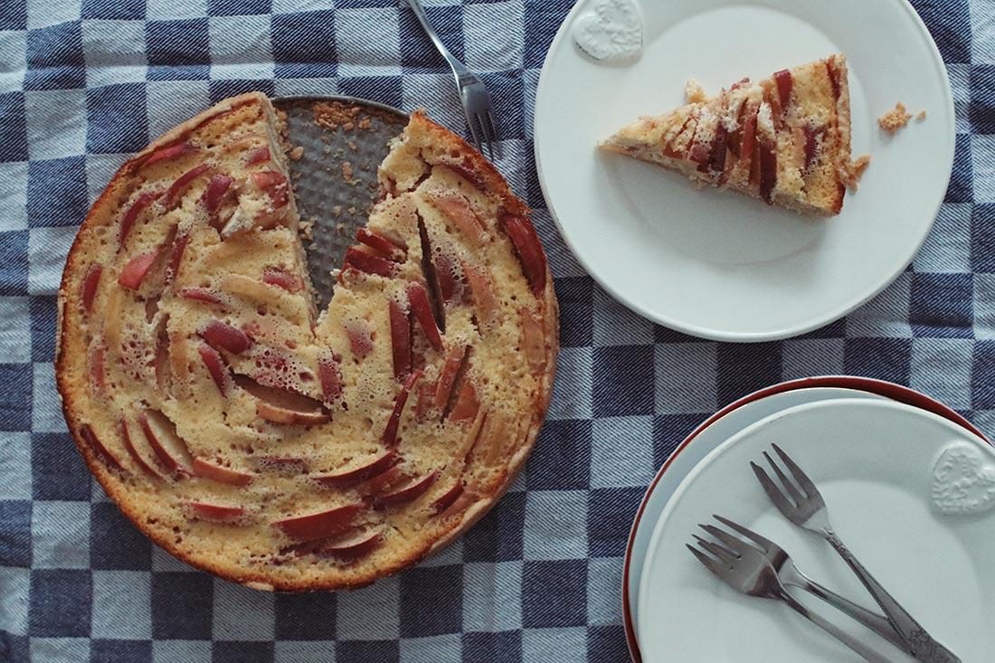 Apfel-Tarte mit Quark-Guss