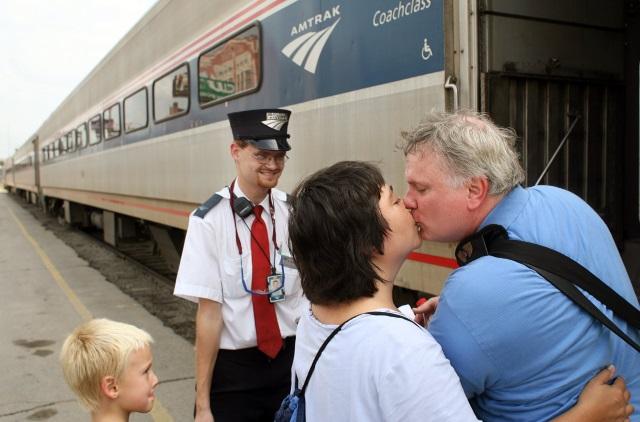 2015-05-14 Brandon Bostian Amtrak 188 Philadelphia engineer_115627