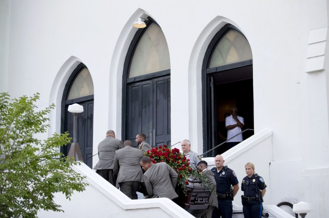 2015-06-26 Charleston South Carolina shooting memorial AP_134847