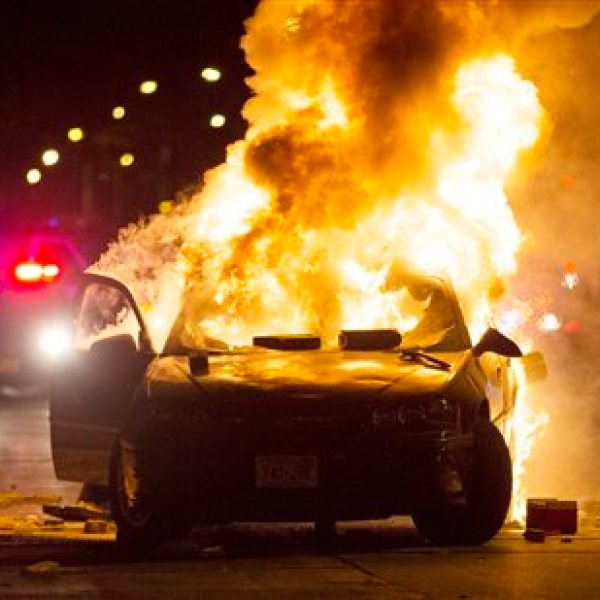 APTOPIX Officer Involved Shooting Milwaukee_319881