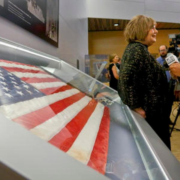 Sept 11 Ground Zero Flag_330516
