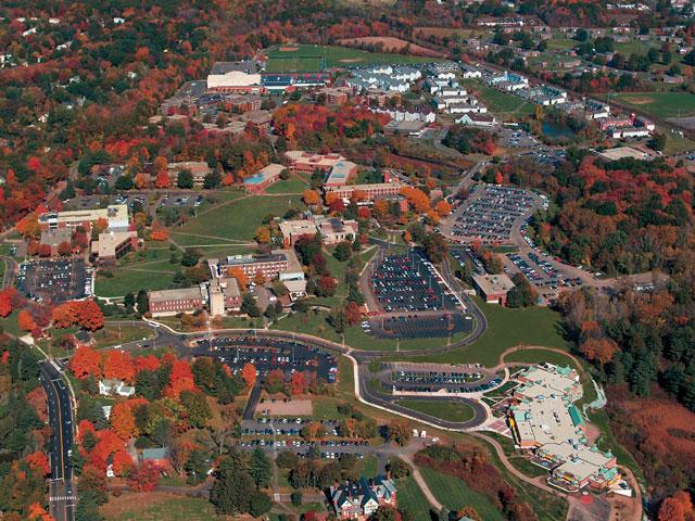 2016-10-25-university-of-hartford-hart-uha-campus_348943