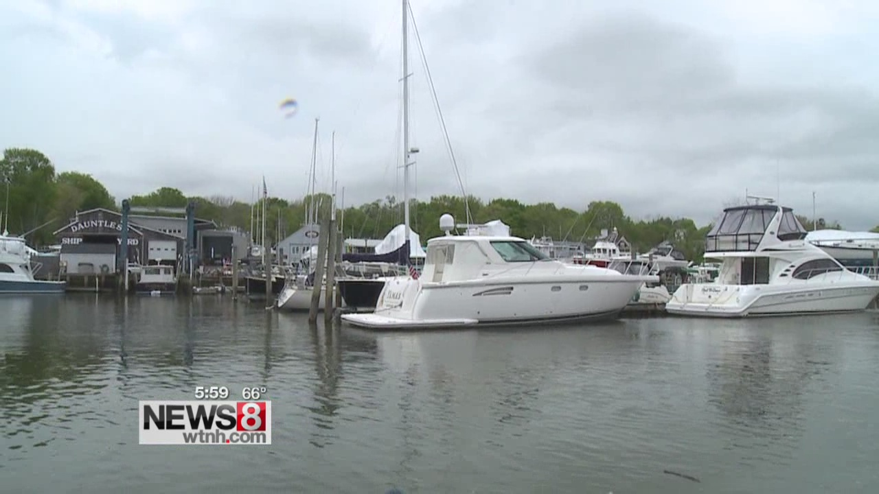 Outside competition drives bill to slash boat sales tax