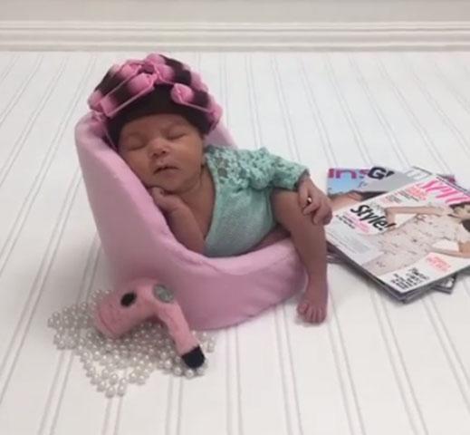 2017-08-16-Roller-Baby-Camila-Viral-Video_509867