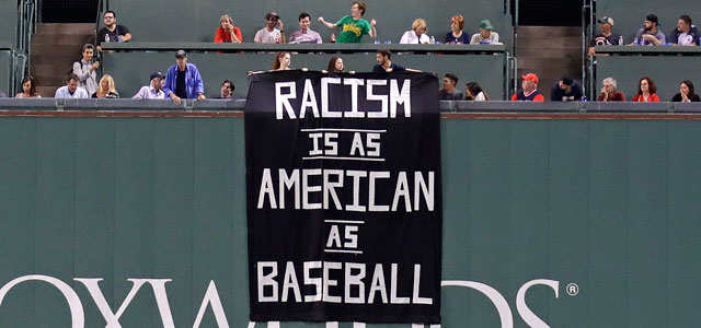 2017-09-13-Fenway-Park-Red-Sox-Racism_526639