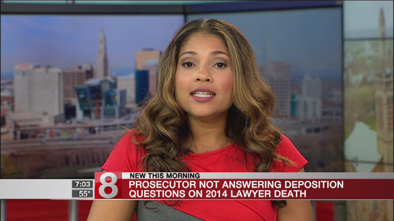 Prosecutor won't answer questions about lawyer death probe