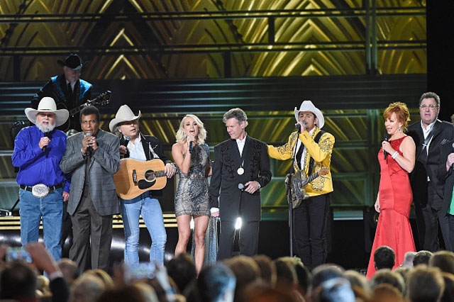 2016-CMA-Awards-Getty_560119