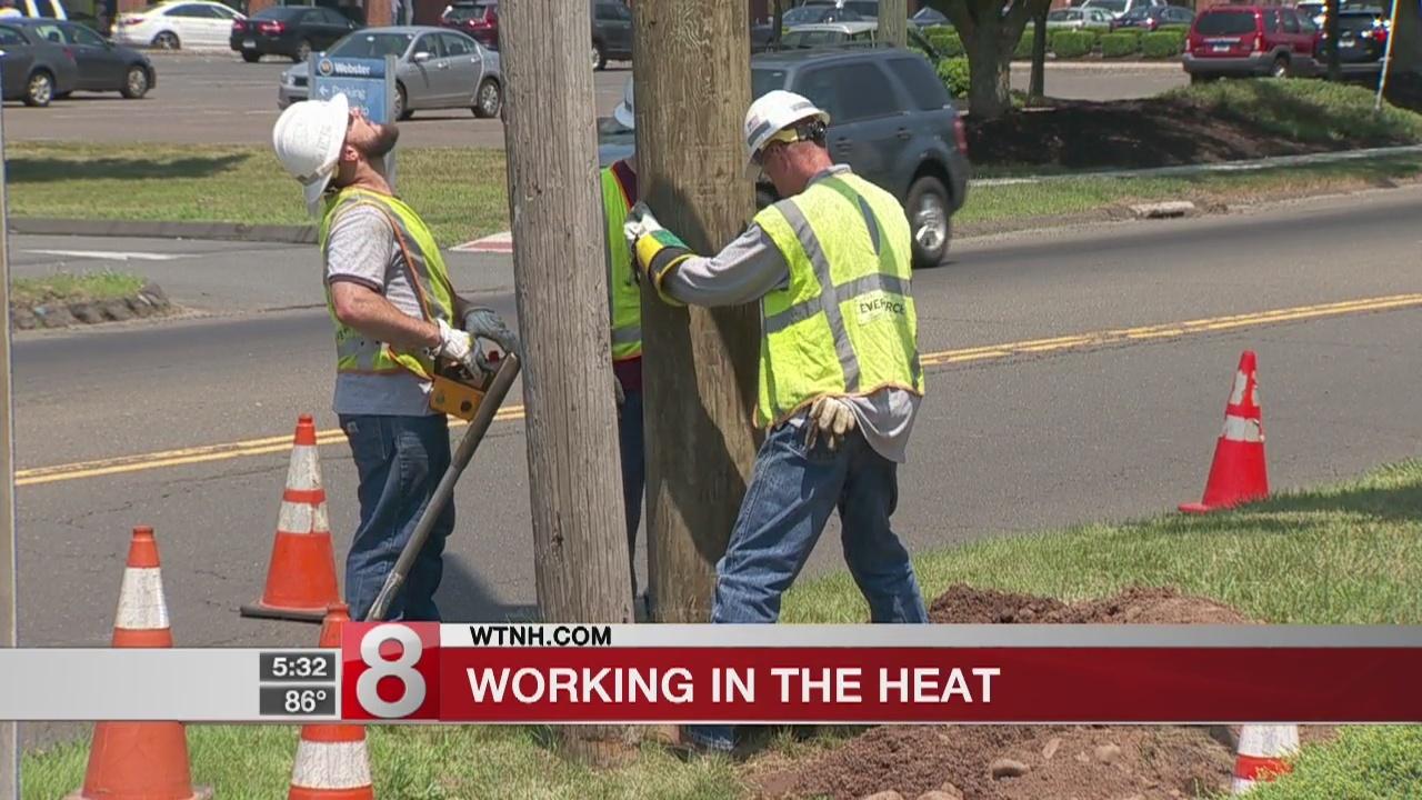 Eversource crews battle heat to keep power on