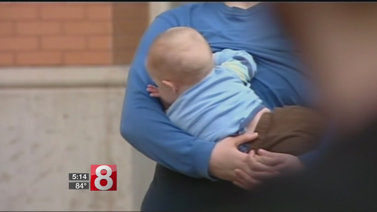 Controversial_breastfeeding_resolution_r_0_20180709213608