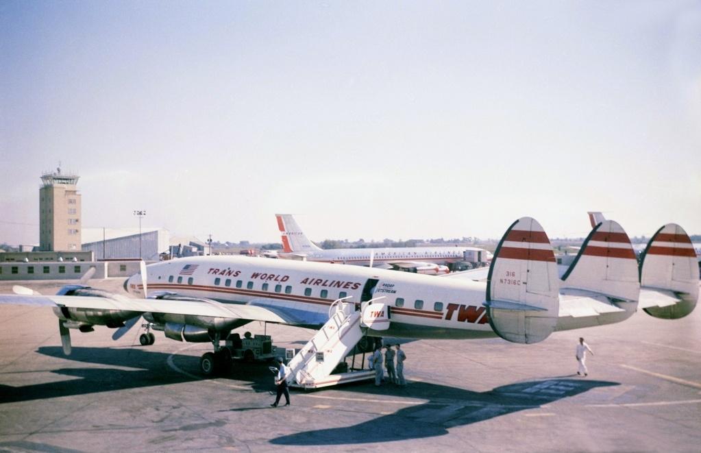 Lockheed_L-1649A_Starliner,_Trans_World_Airlines_(TWA)_1539027580356.jpg