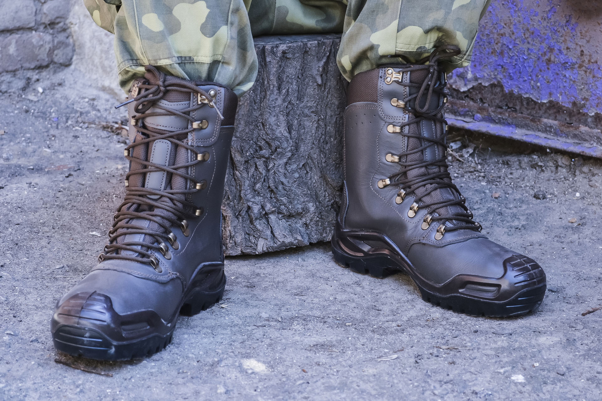 Military combat boots army generic