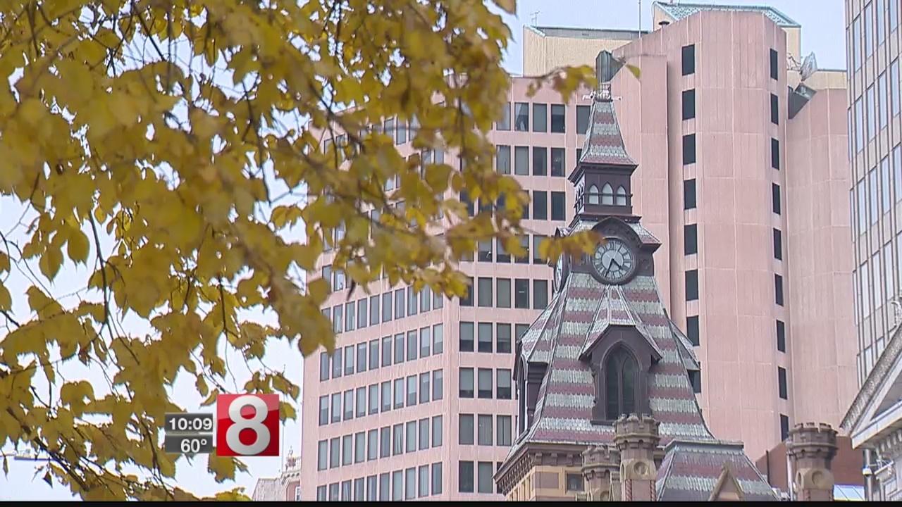 37 city employees including Mayor Harp to take three unpaid furlough days