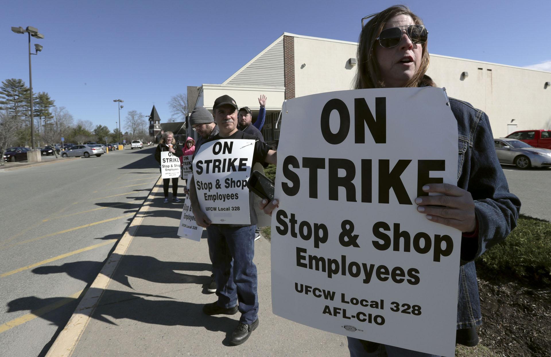 Supermarket Workers Strike_1555268631214