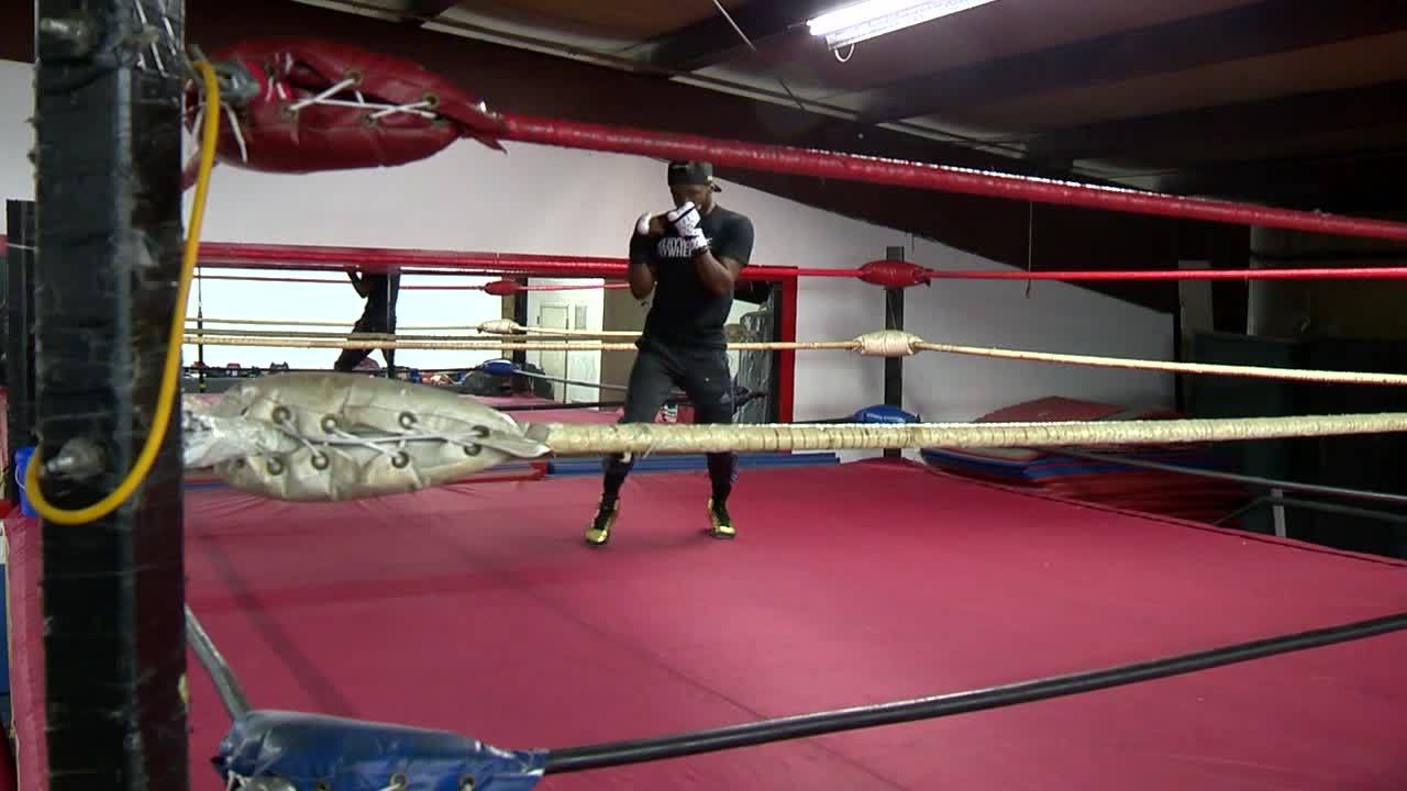 Local featherweight boxer Tramaine Williams fights for well-being of area kids