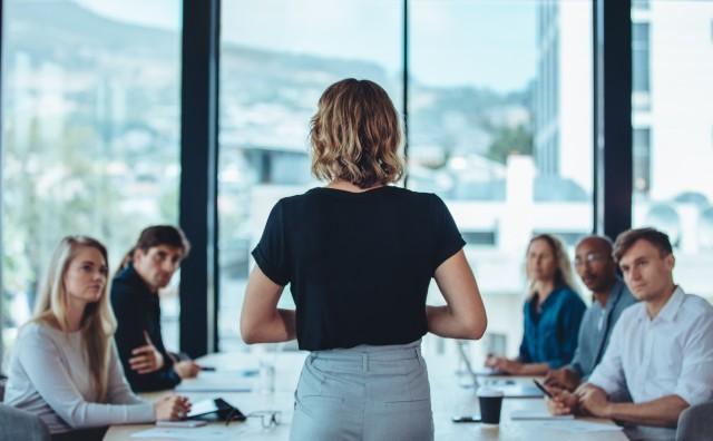 Leadership diffusa: la nuova sfida per manager e organizzazioni