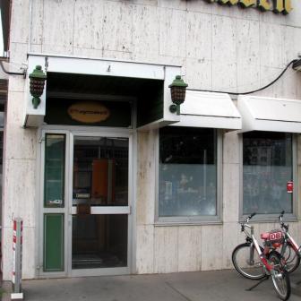 """Die """"Bürgerstuben"""" waren vielleicht vor 25 Jahren mal einen Besuch wert. Heute sind sie geschlossen. Aktuell wird hier gebaut und bald ziehen neue Geschäfte ein."""