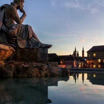 Frankoniabrunnen vor der Residenz.