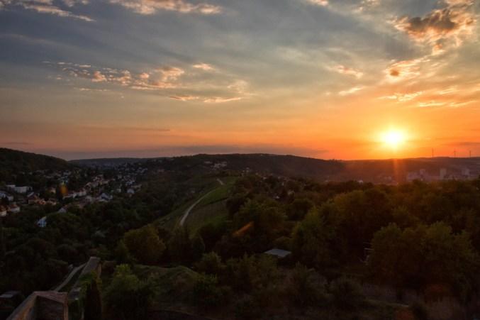 Sonnenuntergang mit Blick über den Leistengrund in Richtung Höchberg